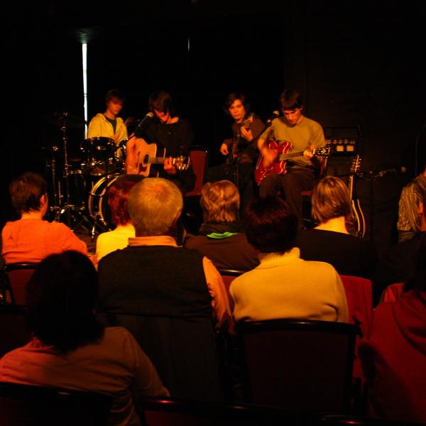 12-04-12 MIREK KEMEL TRIO + JAN HLUCHÁŇ a kapela